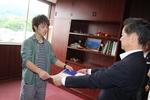 藤井翔太さんが、JR九州大分支社より感謝状を授与されました