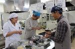 「男性のための料理教室」を開催しました