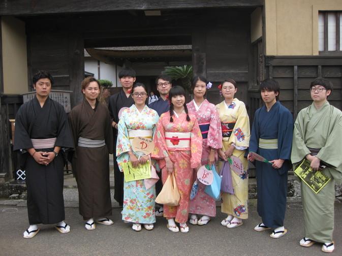 留学生が杵築市の「観月祭」に参加しました