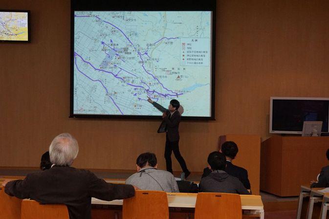 講演会「日本中世の雨と水-自然と文化とを繋ぐ回路を歴史のなかに探る-」を開催しました