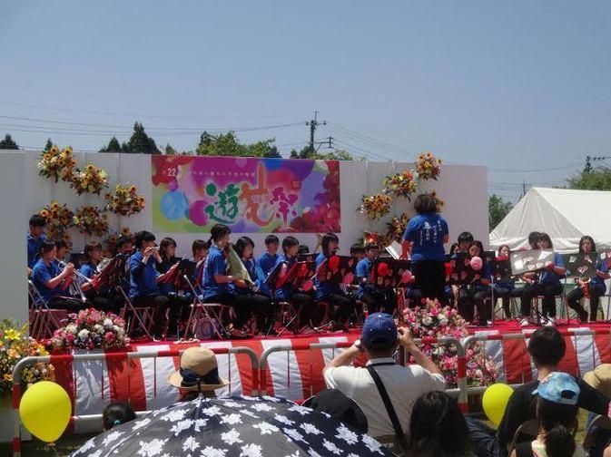吹奏楽団が日田市天瀬の「遊花祭」に参加しました
