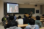 skypeを使った国際交流を講義で行いました