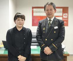 右:甲斐駅長 左:長濱桂子講師