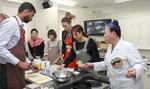「地域コアリーダープログラム」で一汁三菜の調理実習