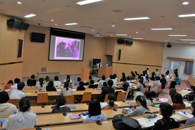 【司書課程】司書資格プラスα講座(特別講演)を開催しました