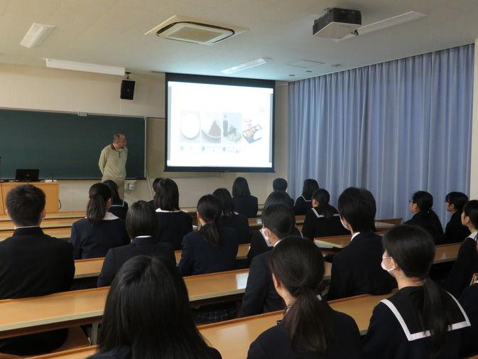 【食物栄養学科】次年度入学予定者を対象とした入学前授業が始まりました