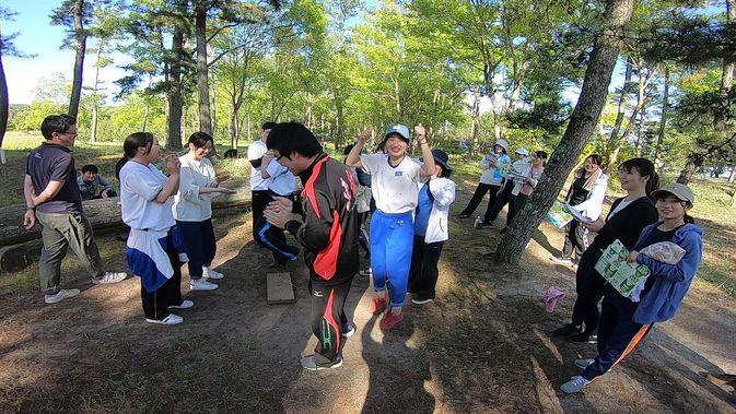 【人間関係学科】住吉浜で「仲間づくり」と「地域の福祉」を学ぶ(第2次オリエンテーション)