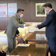 『地域社会研究第33号』の発行を報告 長野市長を表敬訪問