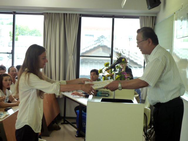 平成23年度夏季国際セミナー(第37回)を開催、109名の外国人教員・学生が参加